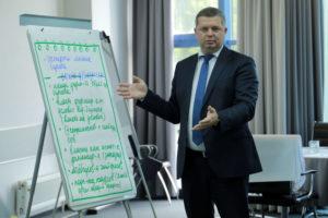 Максим Черкасов, Министр промышленности